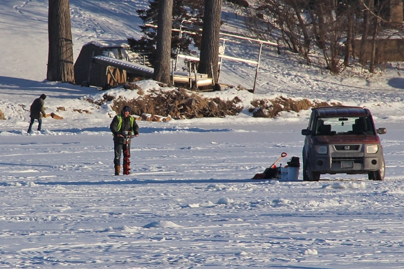 ice fishing-1