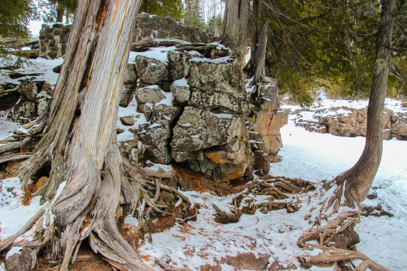 Lake Superior north shore rocks and trees