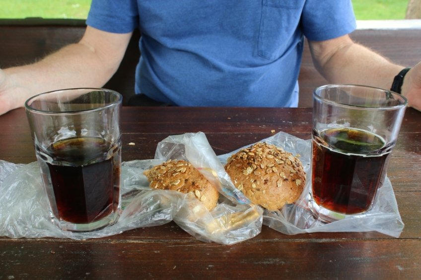 Kvass with bread and cheese