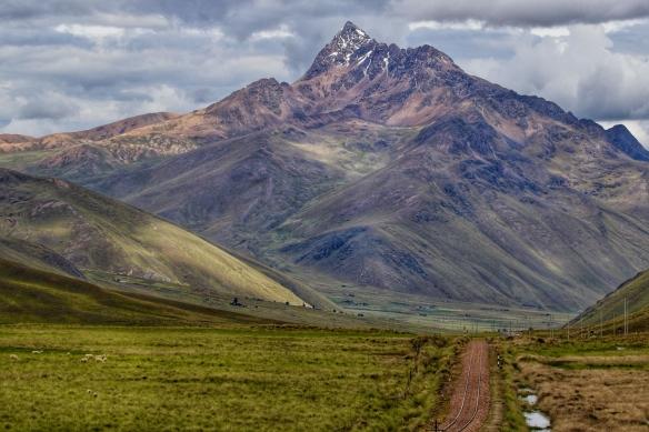 La Raya pass, road to Puno, Peru
